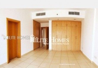 Spacious three bedroom flat close to kuwait City