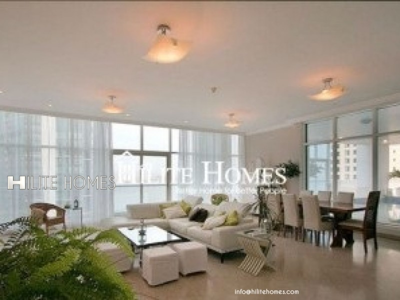 4 Bedroom luxury apartment with sea view for rent in Shaab al bahri
