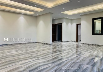 Four bedroom apartment for rent in Jabriya