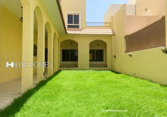 Five Bedroom Villa in Abu Al Hassaniya
