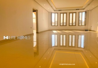 Brand new 5 bedrooms Villa floor in Egaila