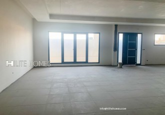 Spacious Duplex for rent in Abu Fataira, close to road