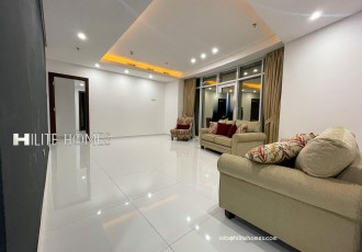 Beautiful penthouse with private pool for rent in salmiya