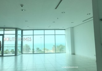 Luxury apartment with sea view and facilities for rent in salmiya