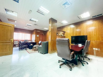 Commercial office floor for rent in Heart of Kuwait City